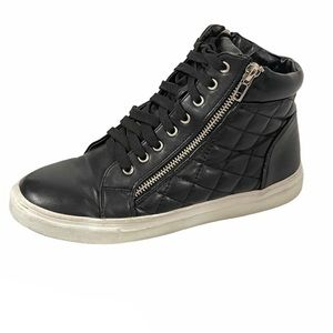 Bucco Capensis cushioned lace up booties sneakers